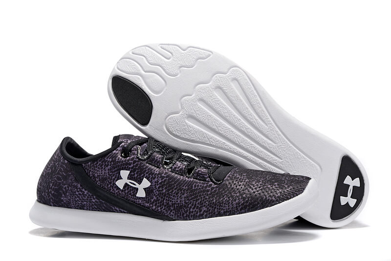UA SpeedForm® StudioLux™ Black Photo